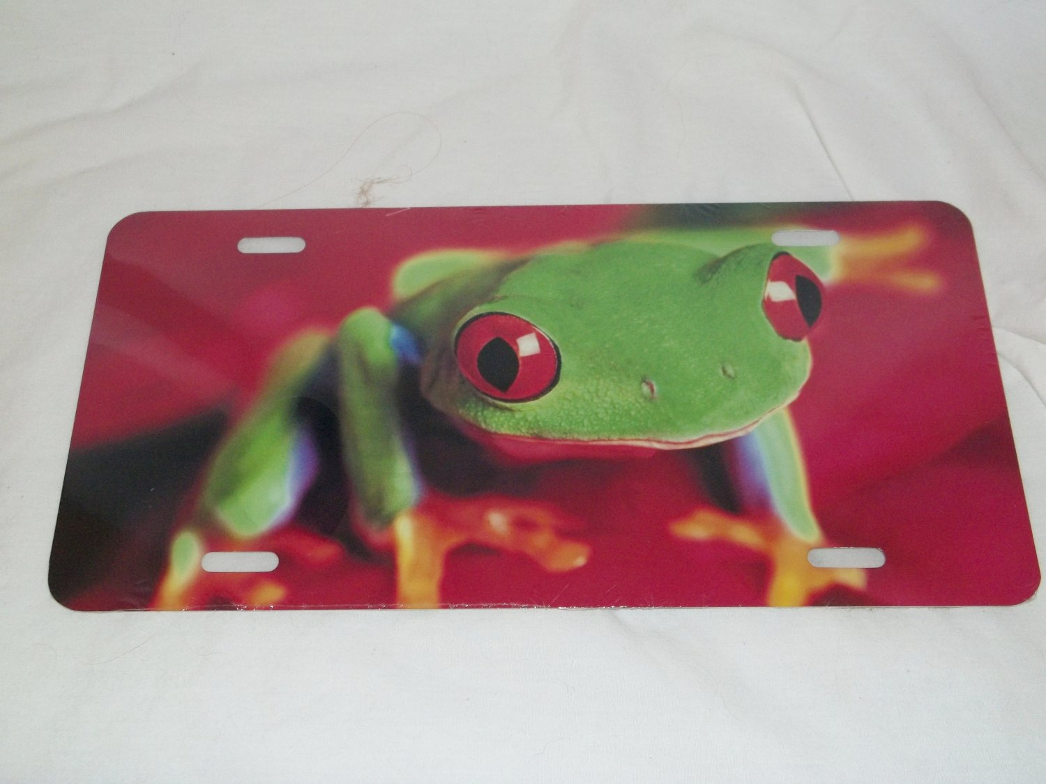 TREE FROG LICENSE PLATE 6 X 12 NEW
