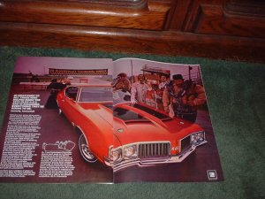 1970 OLDSMOBILE CUTLASS 442 VINTAGE CAR AD 2-PAGE
