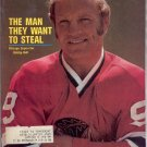 * 1972 SPORTS ILLUSTRATE​D CHICAGO BOBBY HULL