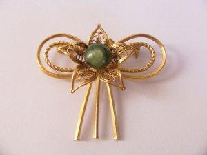 Vintage Star Bow Filigree Jade Art Deco Brooch Pendant