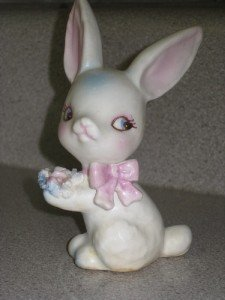 Adorable Vintage Lefton Bunny Rabbit Figurine Easter