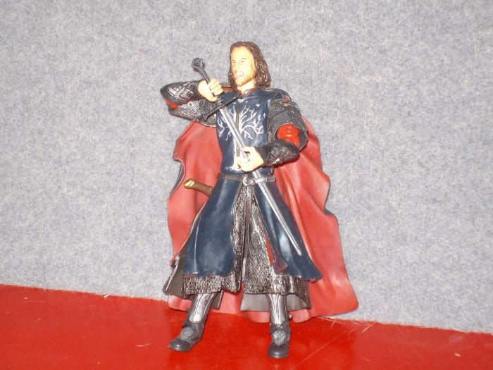 LORD OF THE RINGS - BLACK GATE OF MORDOR GIFT PACK - ARAGORN W/ ANDURIL SWORD