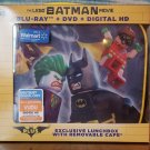 THE LEGO BATMAN MOVIE (BLU-RAY/DVD/DIG) + Exclusive Lunchbox with cape