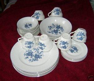 Wedgwood Royal Blue dinner set -  -Svce for 6