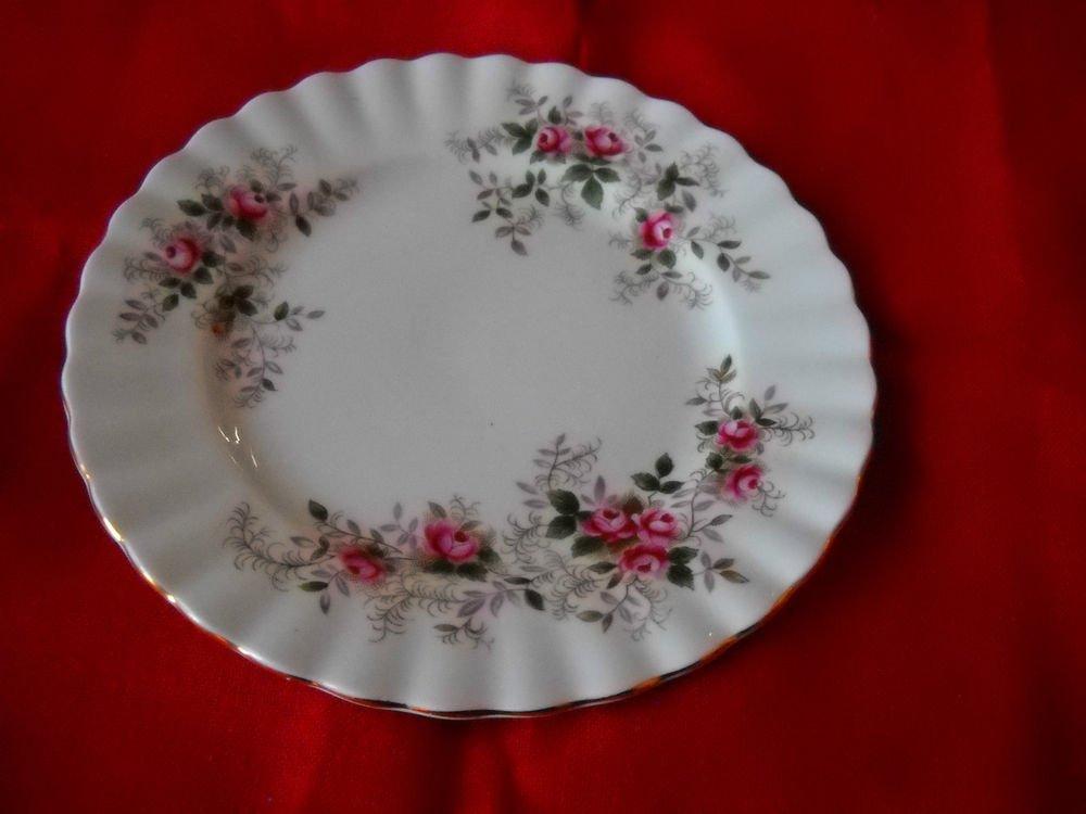 Royal Albert Lavender Rose dinner plate (4 available)