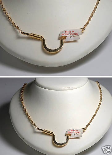 VINTAGE HONG KONG 60�S GOLD TONE METAL NECKLACE JEWELRY