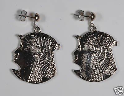 SILVER TONE VINTAGE METAL EGYPTIAN HEAD EARRING JEWELRY
