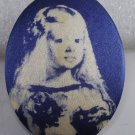 VTG Screen Printed Satin Oval Plastic Velazquez Infanta Margarita Finding Blue