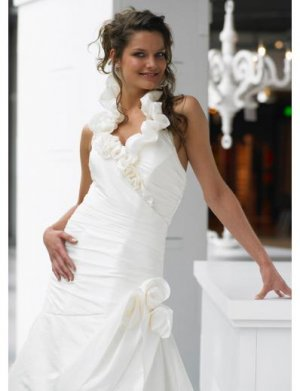 A-Line/Princess Halter top Chapel Train Satin wedding dress (WS1192) for brides new style