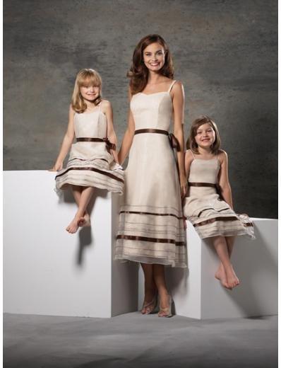 A-Line/Princess spaghetti straps knee-length Satin Bridesmaid dress for brides new Style(BD0244)