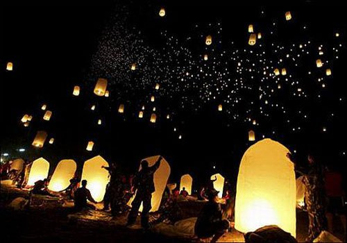 50 PCS SKY FIRE FLYING CHINESE SKY LANTERNS XMAS PARTY GIFT