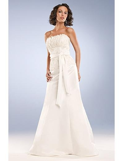A-Line/Princess Strapless Chapel Train Chiffon wedding dress for brides new Style(WD0043)