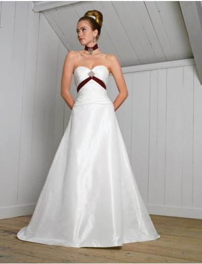 A-Line/Princess Strapless Chapel Train Satin wedding dress (SEW0009)