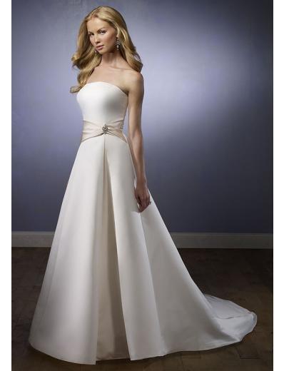 A-Line/Princess Strapless Chapel Train Satin wedding dress (SEW1720)