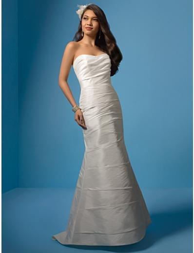 A-Line/Princess Strapless Chapel Train Taffeta wedding dress (WS0024)