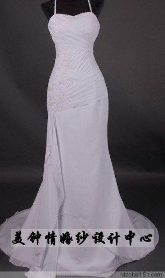 A-Line/Princess Sleeveless Sweetheart Chapel Train Satin wedding dress (LF0067)