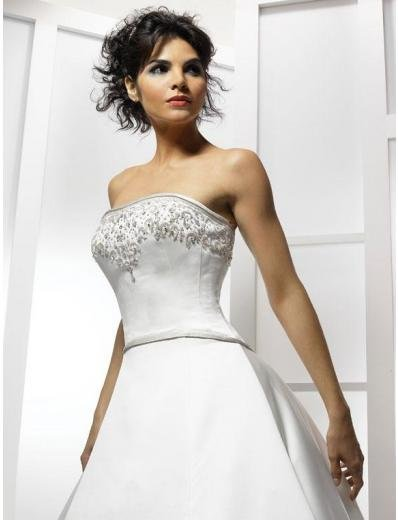 A-Line/Princess Strapless Chapel Train Satin wedding dress for brides new style(WDA1781)
