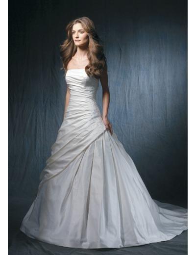 A-Line/Princess Strapless Chapel Train Taffeta wedding dress for brides new style(WDA1773)
