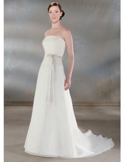A-Line/Princess Strapless Chapel train Chiffon wedding dress for brides new Style(WDA0052)