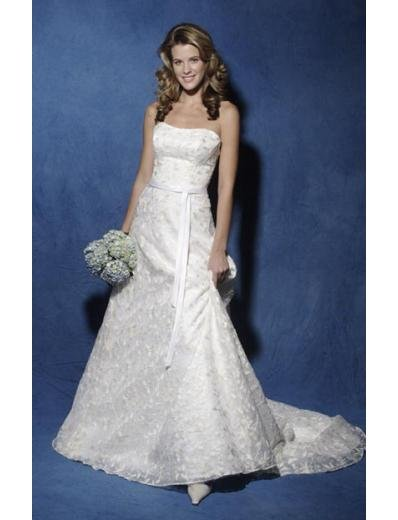 A-Line/Princess Strapless Chapel train Satin Lace wedding dress for brides new Style(WDA0827)