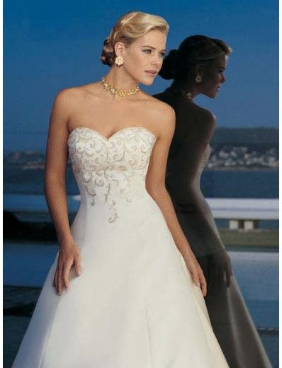 A-Line/Princess Sweetheart Chapel Train Satin wedding dress for brides new style(BST1805)