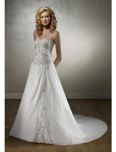 A-Line/Princess Strapless Chapel Train Satin wedding dress for brides new Style(WDA1726)