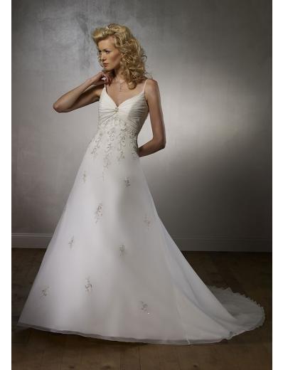 A-Line/Princess V-neck Chapel Train Tulle wedding dress for brides new Style(WDA1724)