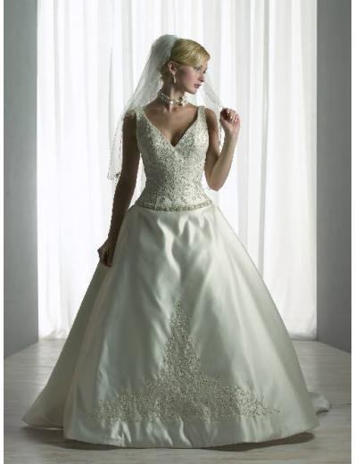 A-Line/Princess V-neck Chapel train Satin wedding dress for brides new style(WDA0096)