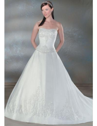 A-Line/Princess Strapless Chapel Train Satin wedding dress for brides new style(WDA0033)