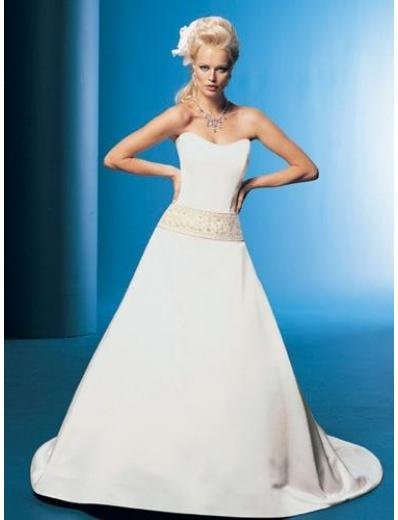 A-Line/Princess Strapless Chapel Train Satin wedding dress for brides gowns new Style(WDA1678)