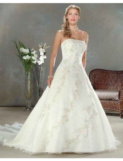 A-Line/Princess Strapless Chapel Train Organza wedding dress for brides gowns new style(WDA0038)