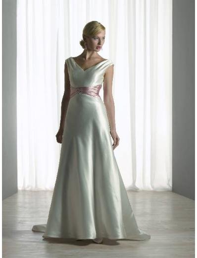 A-Line/Princess V-neck Chapel train Satin wedding dress (SEW0098)  for brides gowns new style