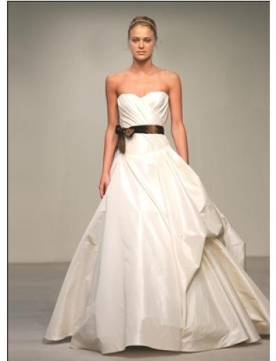 A-Line/Princess Strapless Chapel train Taffeta wedding dress for brides gowns new style(WDA0540)
