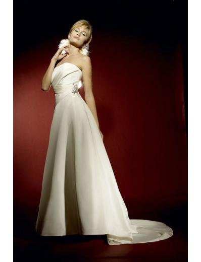 A-Line/Princess Strapless Chapel Train Satin wedding dress for brides gowns new style(WDA0618)