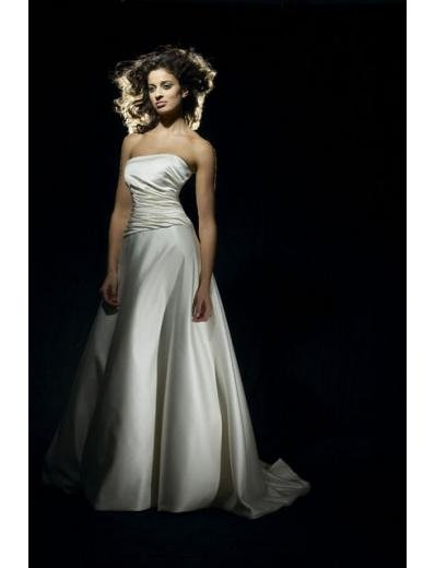 A-Line/Princess Strapless Chapel Train Satin wedding dress for brides gowns new style(WDA0656)