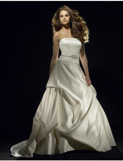 A-Line/Princess Strapless Chapel Train Satin wedding dress for brides gowns new style(WDA0591)