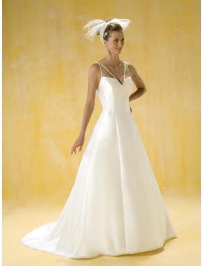 A-Line/Princess V-neck Chapel Train Chiffon wedding dress for brides gowns new style(WDA0396)
