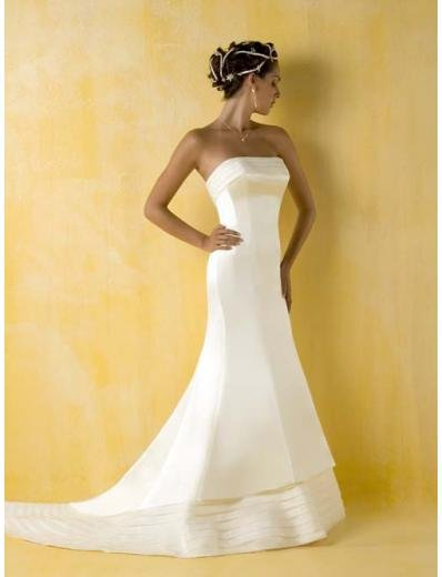 A-Line/Princess Strapless Chapel Train Chiffon wedding dress for brides gowns new style(WDA0387)