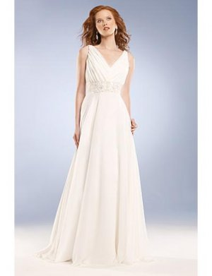 A-Line/Princess V-neck Sweep Train Chiffon wedding dress for brides gowns new Style(WD0040)