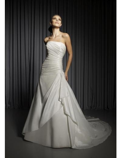 A-Line/Princess Strapless Chapel Train Satin wedding dress for brides gowns new Style(WD0296)