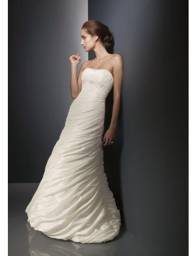 A-Line/Princess Strapless Chapel Train Taffeta wedding dress for brides gowns new Style(WD0286)
