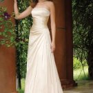 Elegant A-line Champagne Strapless Floor Length Wedding Gowns(y0918013)