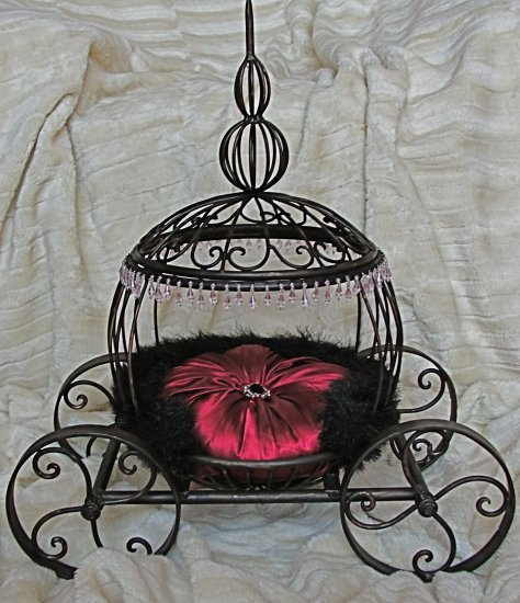The Marilyn Coach , ***FREE SHIPPING!***  Pet Bed, Dog / Cat Bed