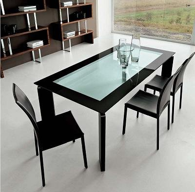 Alice Dining Table