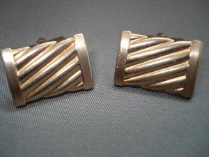 CUFF LINKS: Vintage Men's Goldtone Rectangular Cufflinks