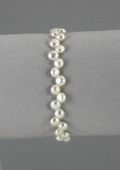Pearl Bracelet        ep2017