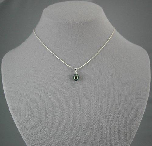 Single Drop Black Pearl Pendant  16 inch