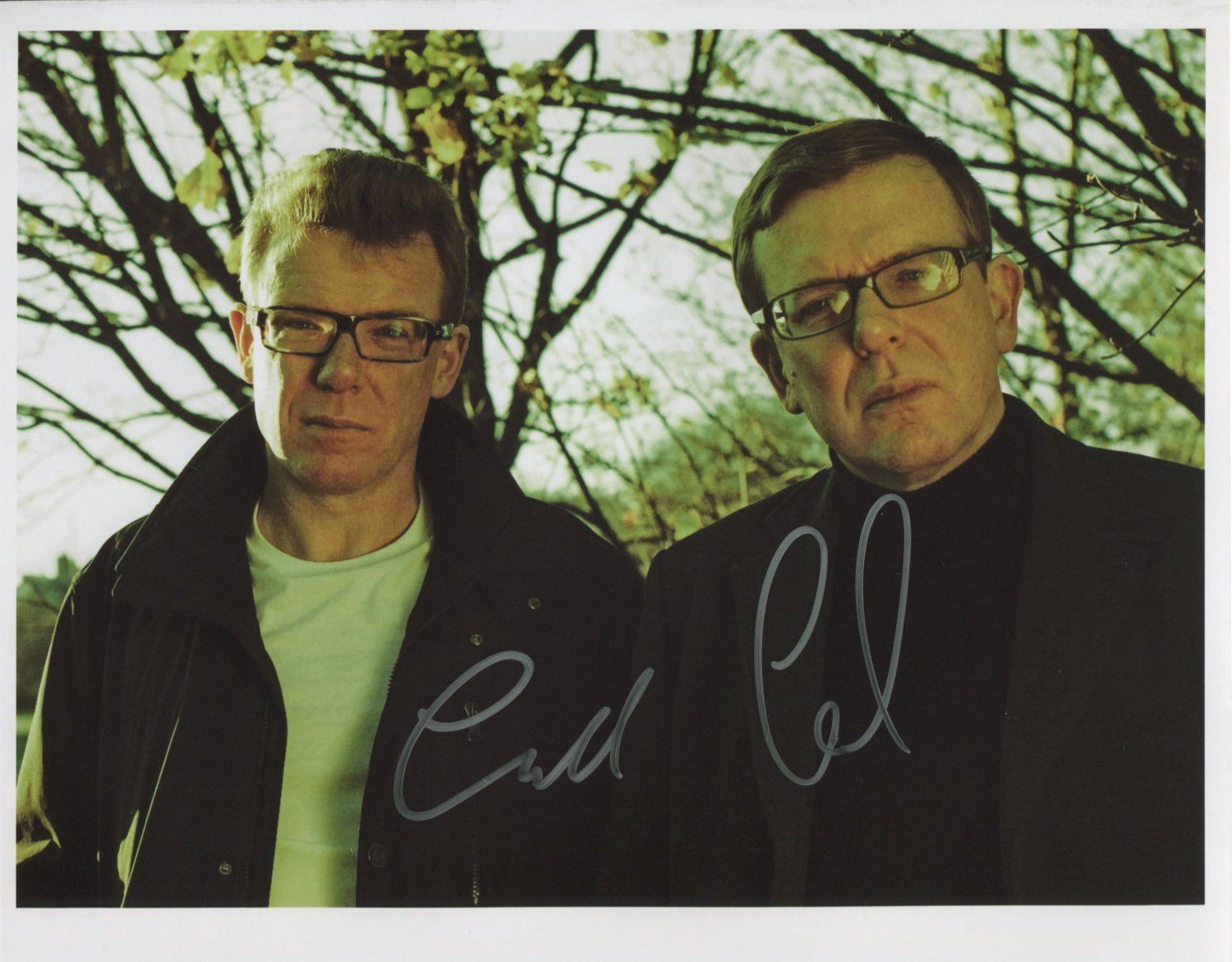 """The Proclaimers (Band) FULLY SIGNED 8"""" x 10"""" Photo + Certificate Of Authentication  100% Genuine"""