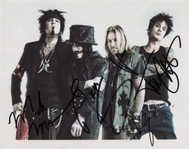 """Motley Crue FULLY SIGNED 8"""" x 10"""" Photo + Certificate Of Authentication  100% Genuine"""