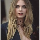 """Cara Delevingne SIGNED 8"""" x 10"""" Photo + Certificate Of Authentication  100% Genuine"""